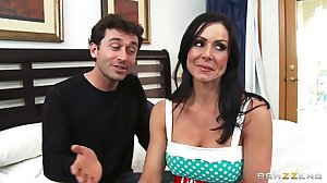 Lonely mom Kendra Lust is seduced by one..